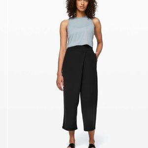 Lululemon With The Flow Pant NWT 6 Black